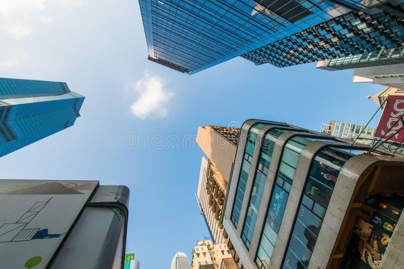 Wysocy drapacze chmur w śródmieściu obrazy stock