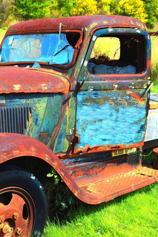 Wysoka rozdzielczość zaniechana ciężarówka obrazy stock