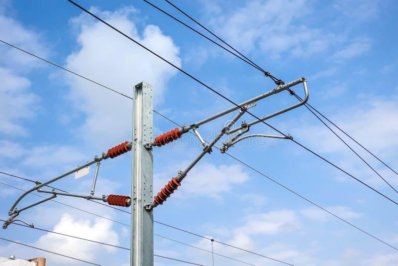 Wysoka woltażu elektrycznego kabla rama wysoka prędkości kolej obrazy royalty free