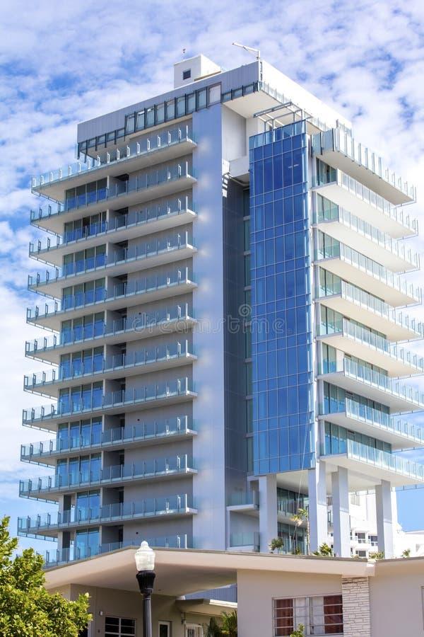 Wysoki budynek w Miami plaży, Floryda obrazy royalty free