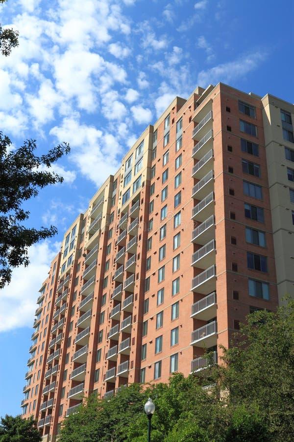wysoki mieszkanie wzrost zdjęcia stock