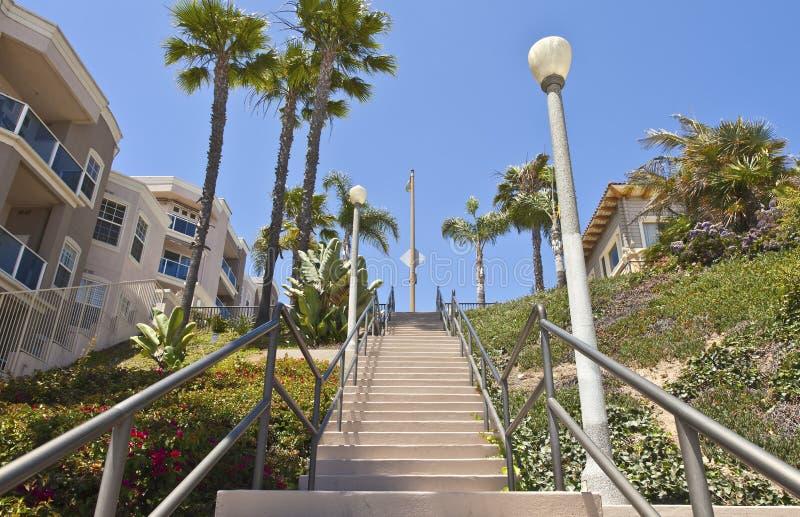 Wysoki schody w Long Beach California. zdjęcie royalty free