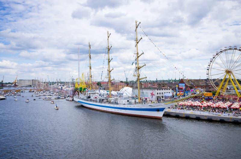 Wysoki statek Ściga się w Szczecińskim fotografia royalty free
