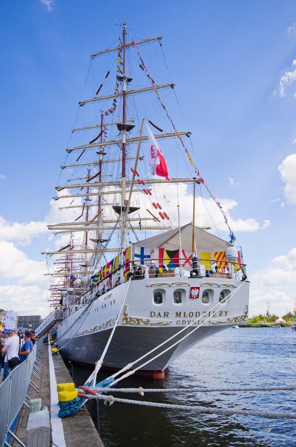 Wysoki statek Ściga się w Szczecińskim zdjęcia stock