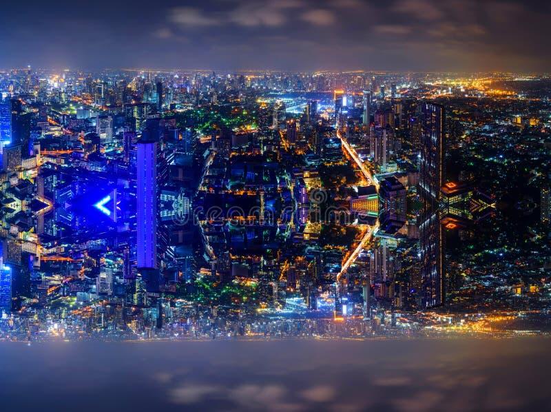 Wysoki widok miasto z zboczeniec strony procesem zdjęcie royalty free