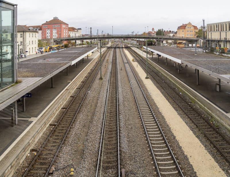 Wysokiego kąta linii kolejowej staci sceneria zdjęcie stock