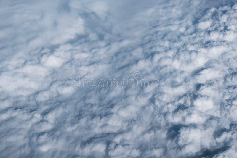 Wysokiej chmury tło zdjęcie royalty free