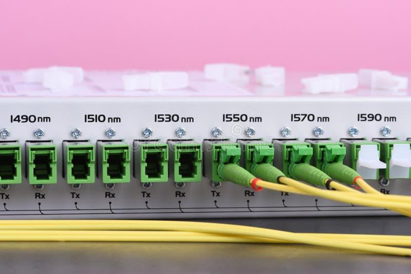 Wysokiej prędkość transferu danych rozwiązania włókna światłowodowego sieci Teletechniczny wyposażenie obrazy stock