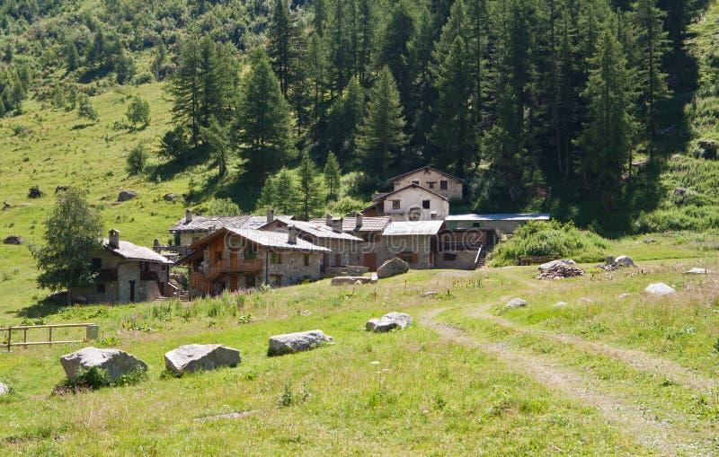 wysokogórska kamienna wioska zdjęcia royalty free