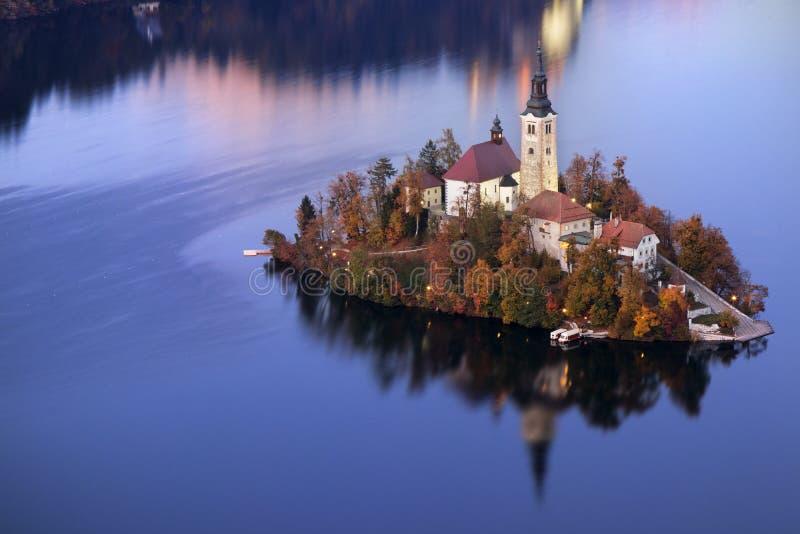 Wyspa na Krwawiącym jeziorze obraz royalty free