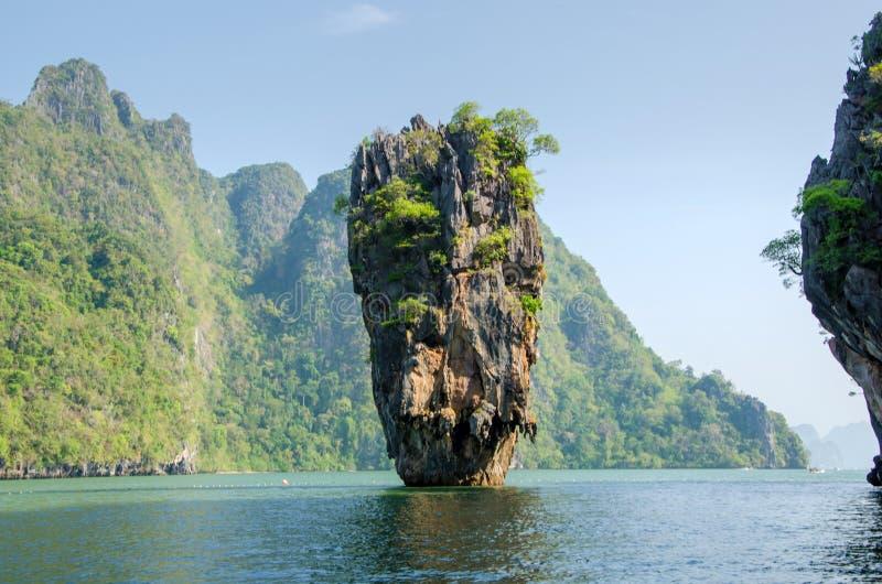 Wyspa w Phuket, Tajlandia. James Bond wyspy geologii skały forma obrazy royalty free