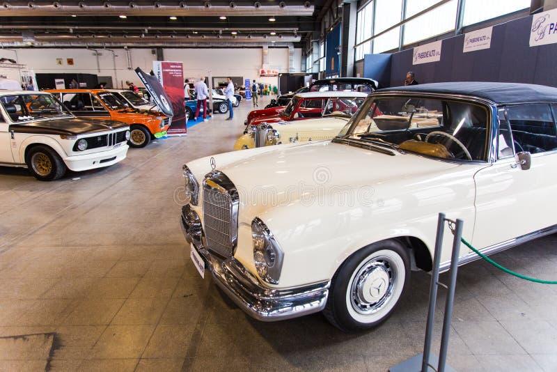 Wystawa antykwarscy samochody fotografia royalty free