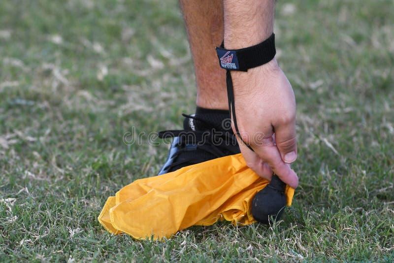 Wystrzału Warner futbolu arbitrzy obrazy stock