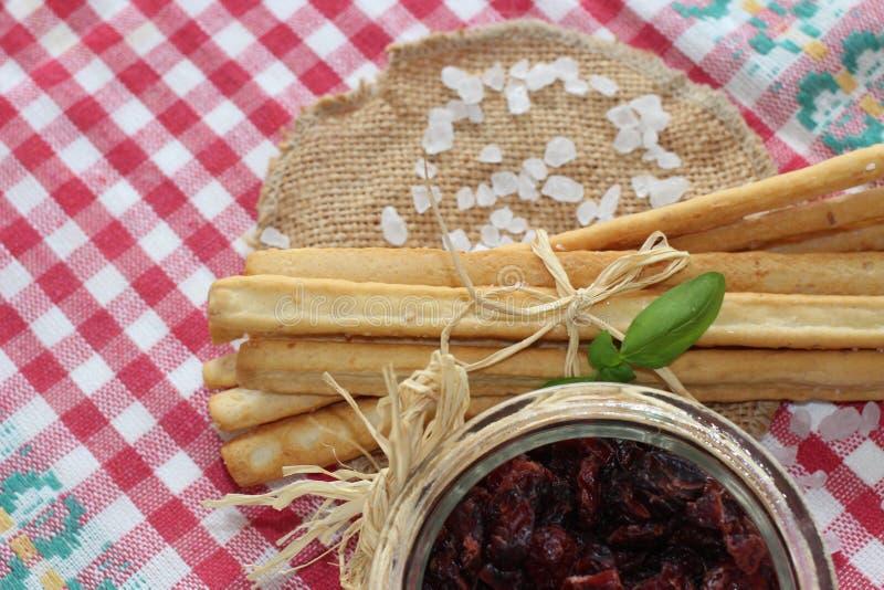 Wysuszeni cranberries, ciastka, włoski jedzenie, włoskie przekąski, włoscy ciastka zdjęcie stock