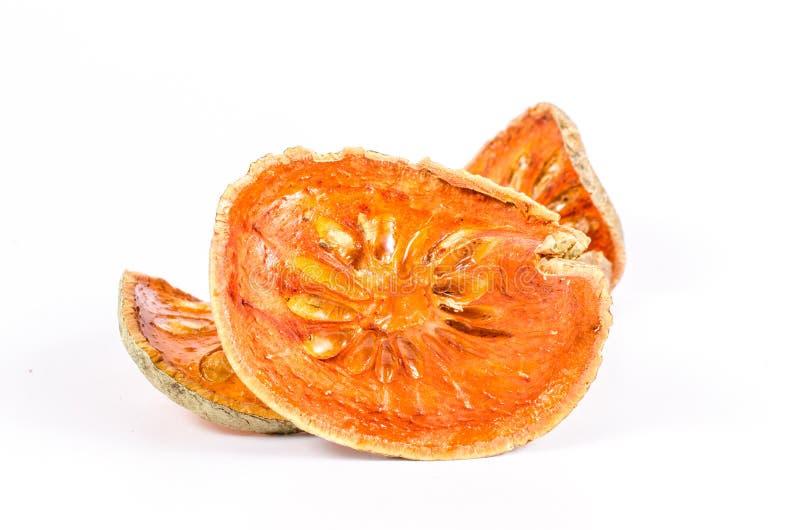 Download Wysuszona Bael Owoc Na Białym Tle Zdjęcie Stock - Obraz złożonej z plasterek, warzywo: 53786132