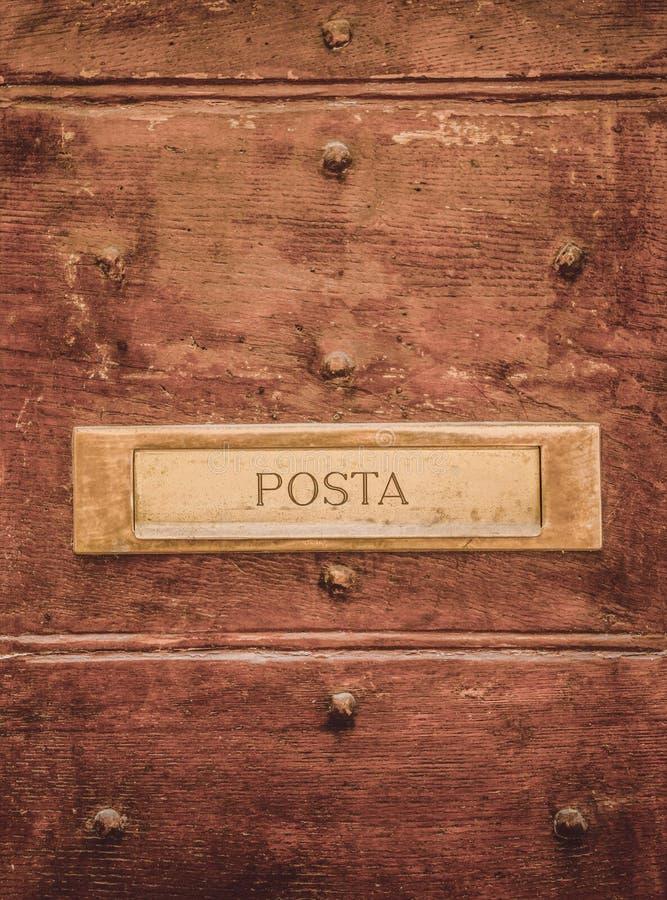 wysyła signboard na drzwiach w Orvieto, Rzym zdjęcia stock