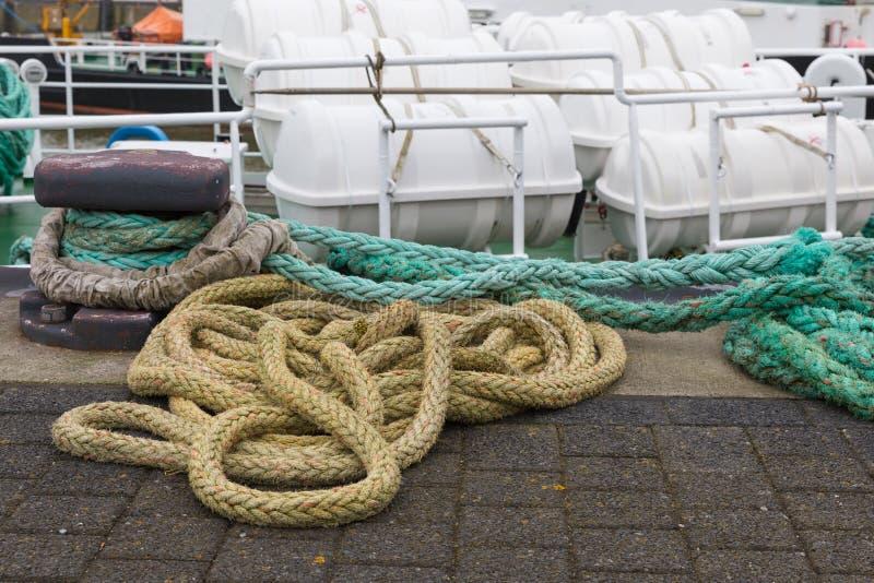 Wysyłki arkana przy quay Niemiecki schronienie Cuxhaven fotografia stock