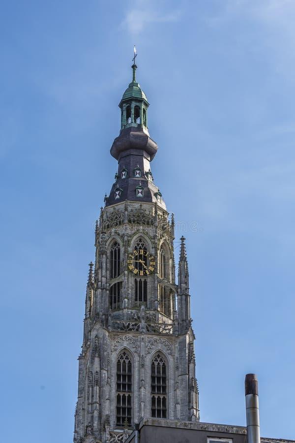 Wyszczególnia wierza wielki kościół Breda Holandia holandie obraz stock