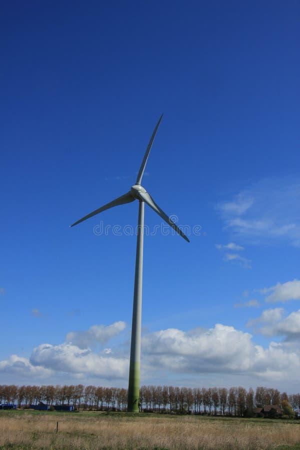 Wywołująca silnik wiatrowy elektryczność fotografia stock