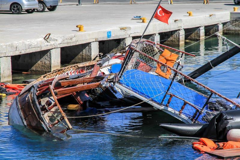Wywróceni łódkowaci wędrownicy obrazy royalty free