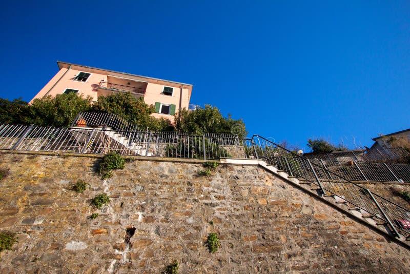 Wzdłuż Cinque Terre wybrzeża zdjęcie stock