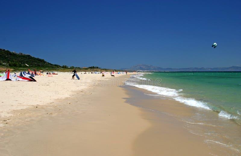 wzdłuż plaży Hiszpanii południowego Tarifa świetle hiszpanii obraz stock