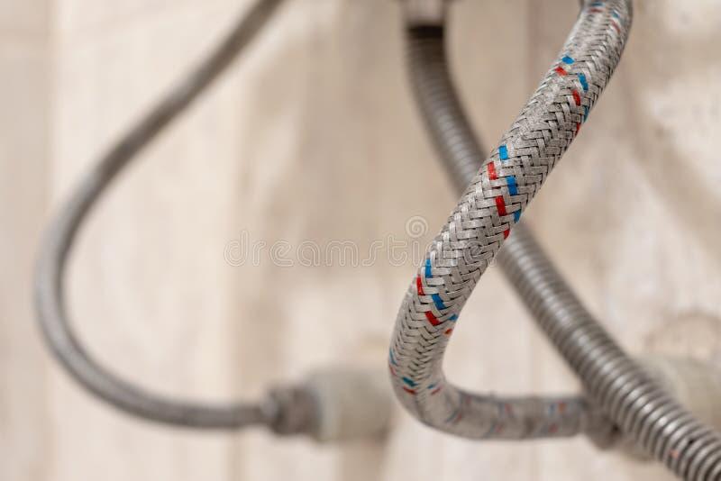 Wzmacniający wąż elastyczny dla dostawa wody obrazy royalty free
