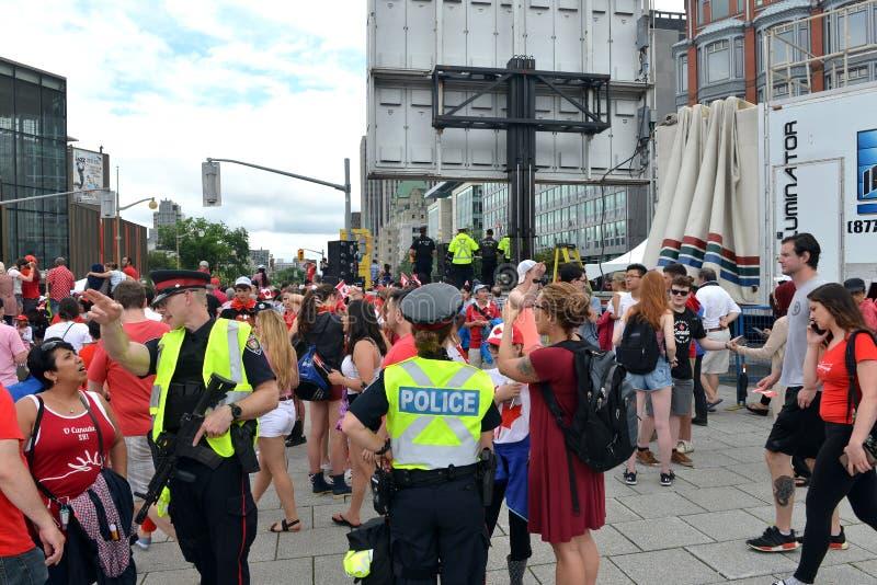 Wzmagający kroki bezpieczeństwa dla Kanada dnia w Ottawa obrazy royalty free