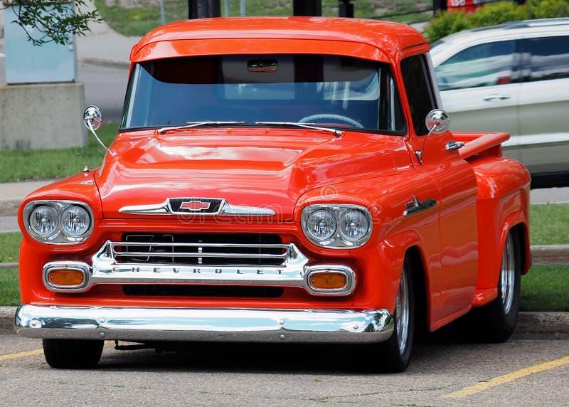 Wznawiająca Klasyczna Chevrolet ciężarówka fotografia stock