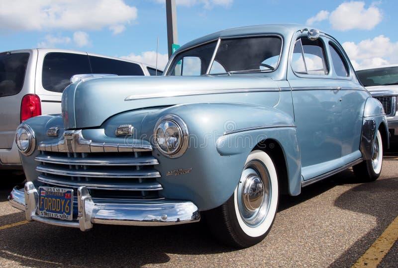 Wznawiający Antykwarski 1940s Ford Coupe obraz stock