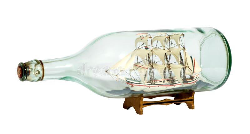 Wzorcowy żeglowanie statek w szklanej butelce zdjęcie royalty free