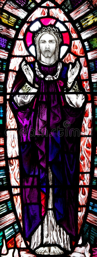 Wzrastający jezus chrystus w witrażu obraz stock