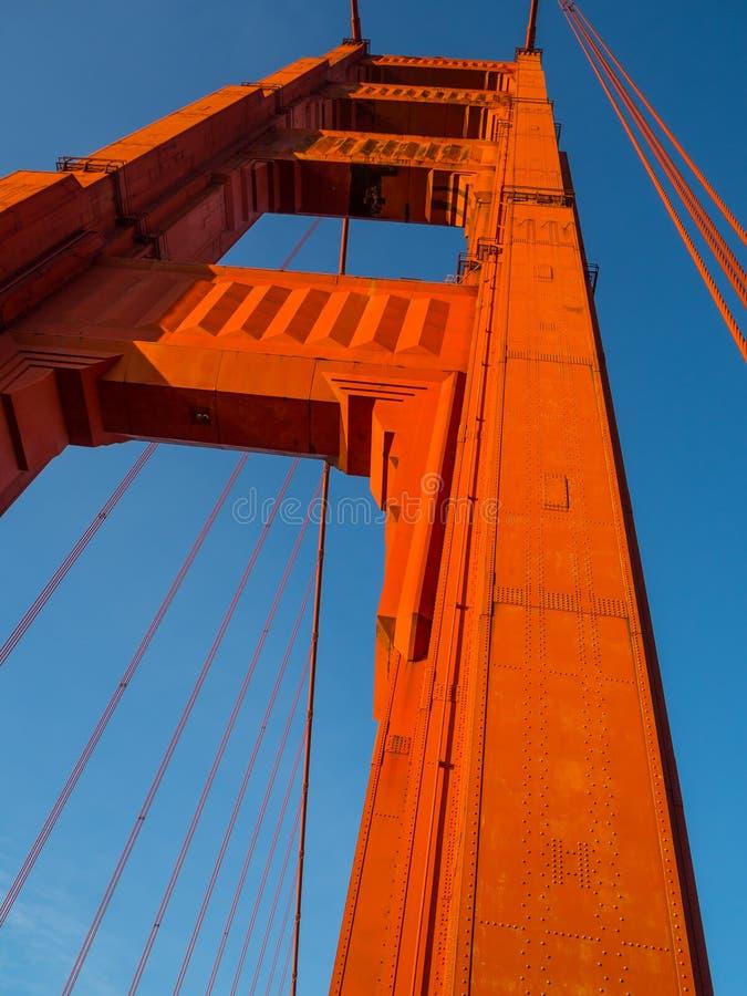 Wzrost golden gate zdjęcia stock