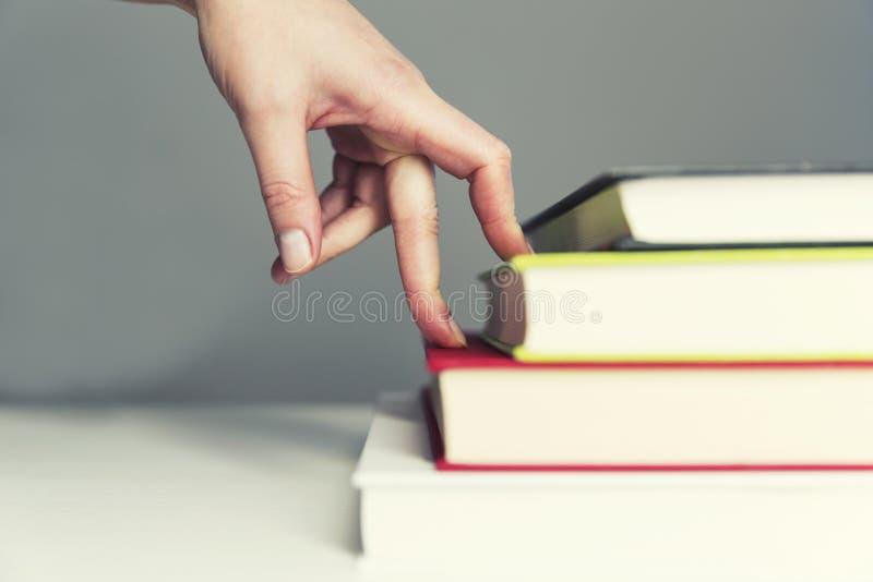 Wzrostowy pojęcie, zasięg cel, krok po kroku Biznesowy zajęcie - obraz stock