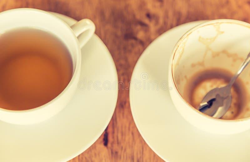 Xícara de café vazia (v processado imagem filtrado imagens de stock