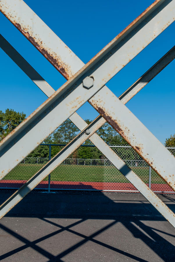 X het openluchtvoorwerp van het staalkader stock foto