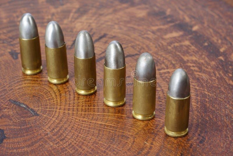 9x19mm Parabellum cartouches d'armes ? feu qui ont ?t? con?us par Georg Luger et ont pr?sent? en 1902 pour les armes allemandes photo libre de droits