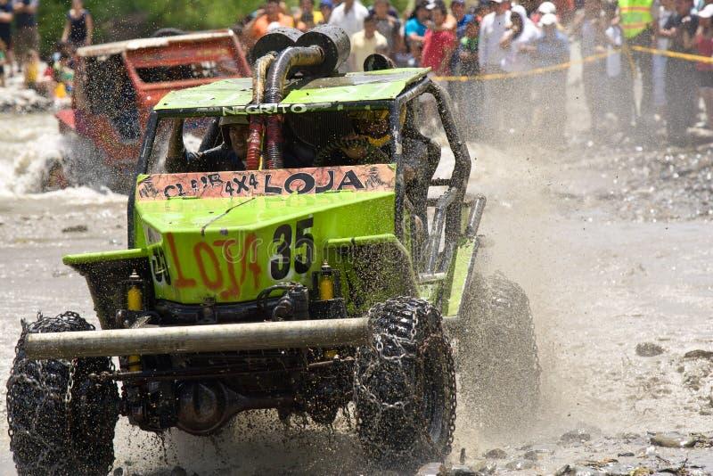 4X4 raceauto's door modder in Ecuador royalty-vrije stock afbeeldingen
