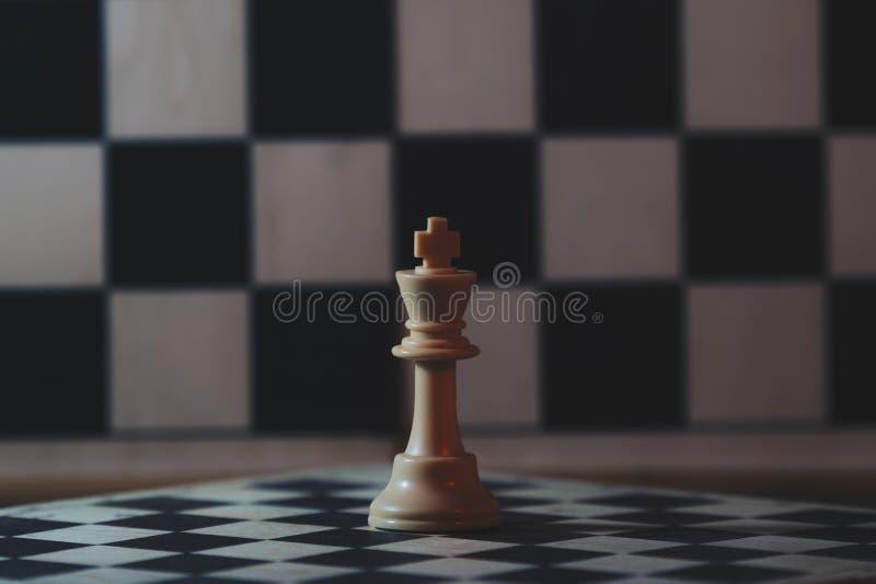 A xadrez é um jogo de mesa da estratégia e da inteligência fotografia de stock