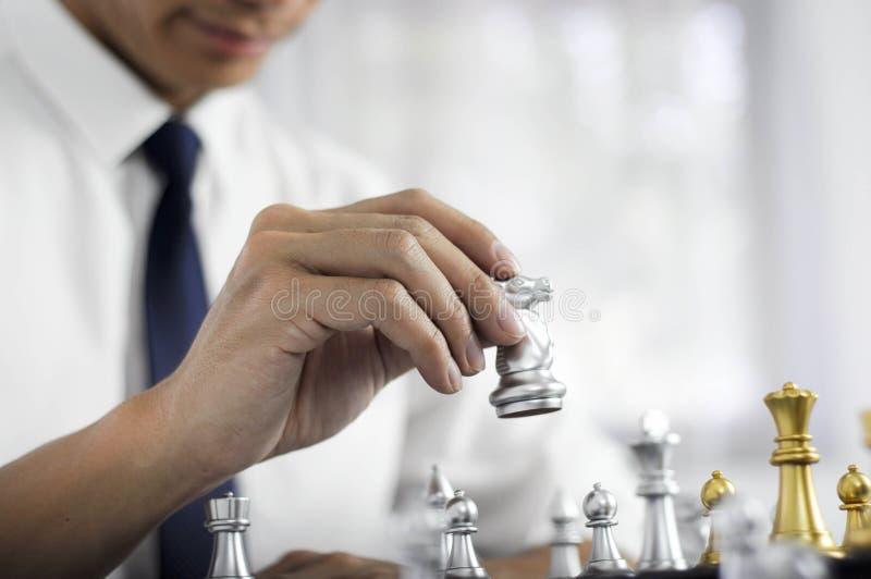 A xadrez do negócio, negócio esperto, jogo de negócio cada troca do jogo é de valor foto de stock royalty free