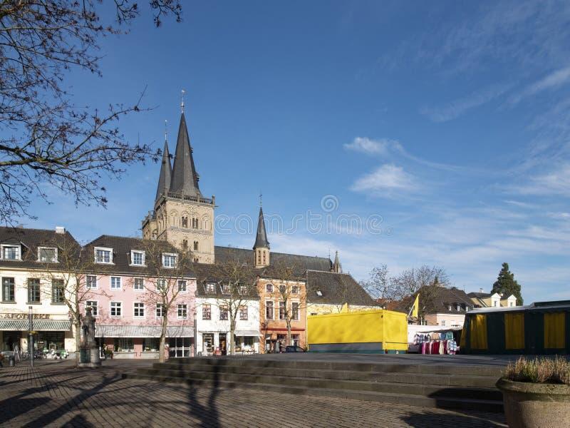 Xanten - gammal stad Market Place royaltyfri fotografi