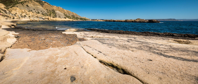 Xatt l阿赫马尔戈佐岛海湾风景 免版税图库摄影
