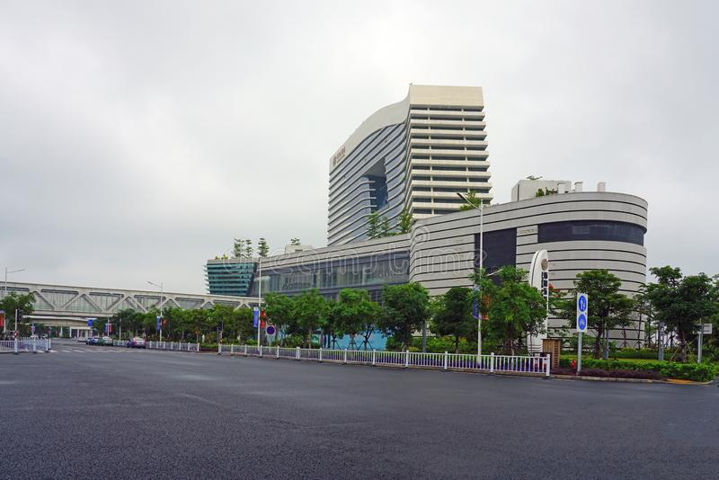 XIAMEN, CHINE - 13 JUN 2019 - Vue sur le terminal moderne du Wutong Ferry, où partent les ferries pour Kinmen, Taïwan, près du  photographie stock