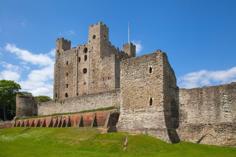 XII secolo del castello di Rochester Castello e rovine delle fortificazioni Risonanza, Inghilterra sudorientale fotografia stock libera da diritti