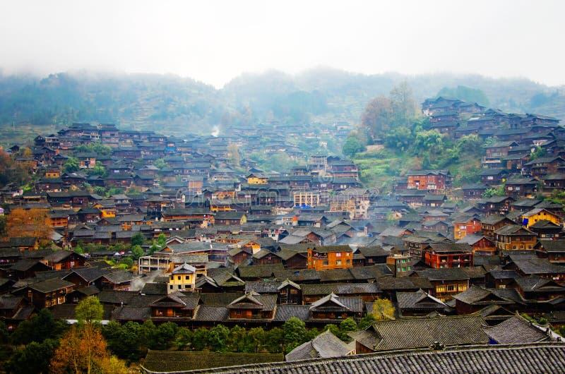 Xijiang Miao minoritetby arkivfoton