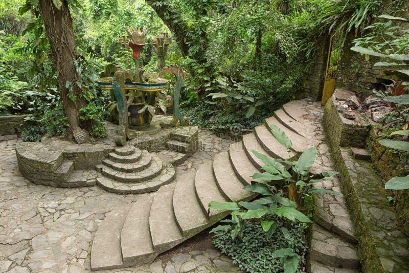 Xilitla Mexico: Las Pozas också som är bekant som Edward James trädgårdar royaltyfria foton