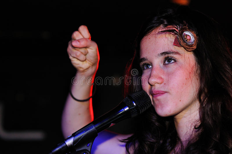 Ximena Sarinana (cantor e compositor do Chile), executa em BeCool fotografia de stock