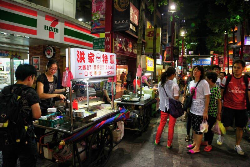 Ximending en la noche en Taipei, Taiwán fotos de archivo libres de regalías
