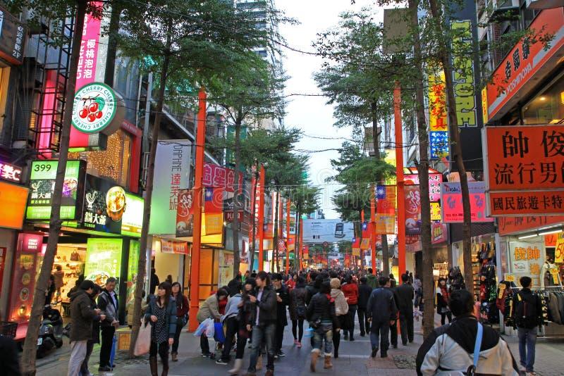 Ximending gatamarknad i Taipei, Taiwan arkivbild