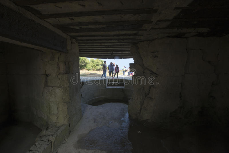 Ximpx obserwacja bunkier przy Pointe Du Hoc, Francja zdjęcia stock